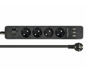 Delock négy foglalatú hosszabbító USB-vel Fekete